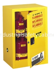 China Flammable Storage Containers , Chemical Storage Cabinets For Laboratory supplier