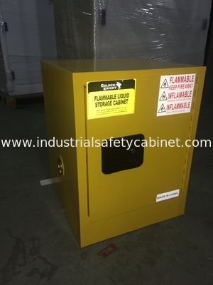 Laboratory Cosmetic Paint Storage Flammable Safety Cabinets 4 gallon For Oil Station , Long Life